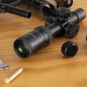 High performance tactical rifle scope with 1-4x magnification