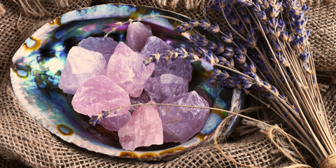 Rose quartz healing properties and meaning