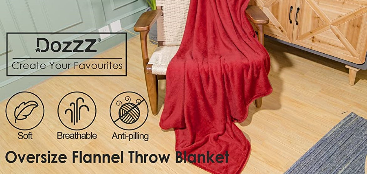 Dozzz Oversize Soft Flannel Throw Blanket Overview 1