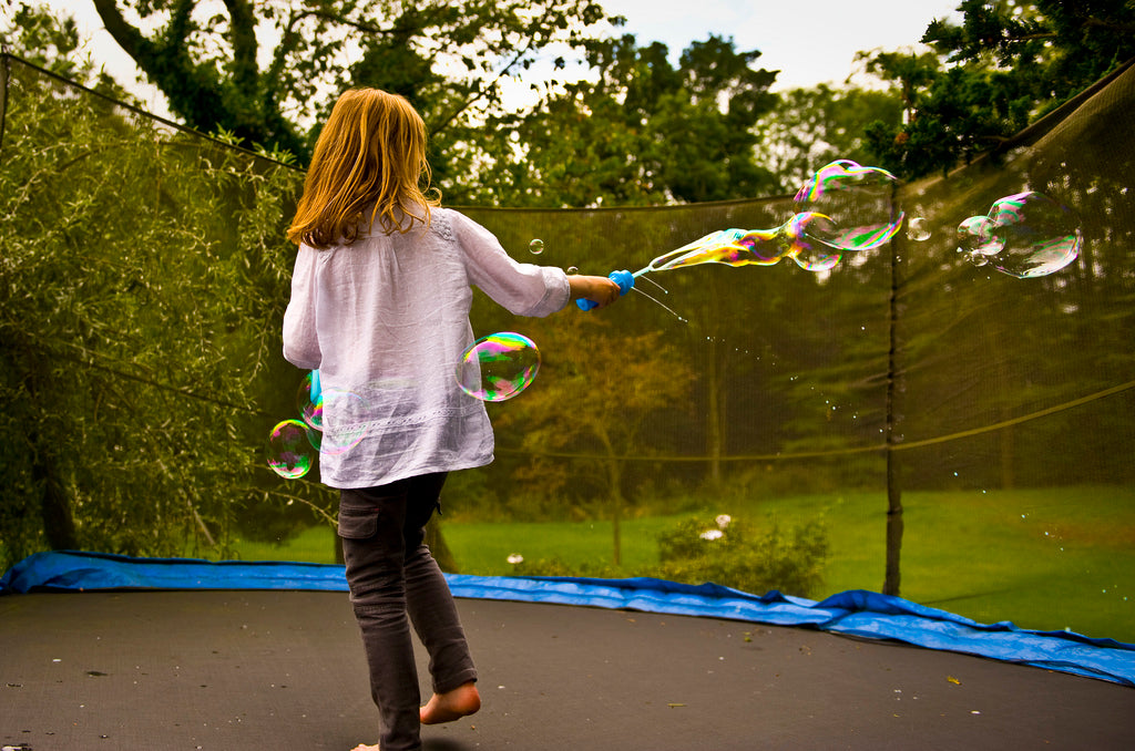 Blow Bubbles on Zupapa Trampolines