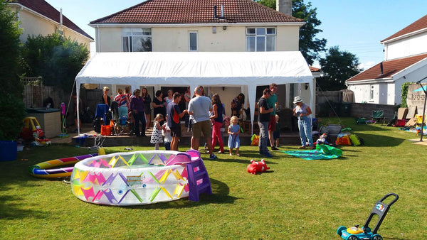 Family Gathering With Quictent Party Tent