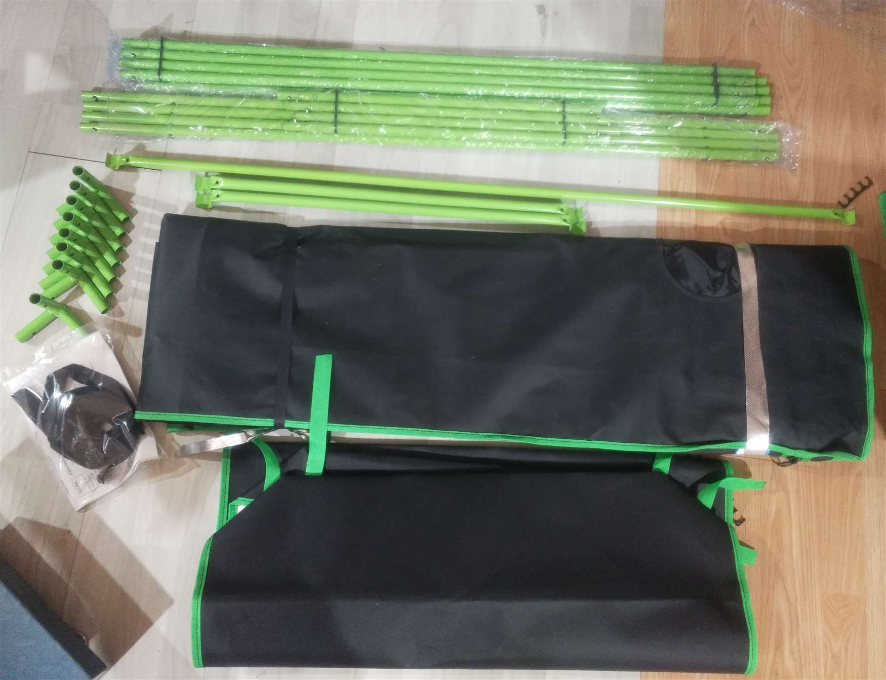 how quictent fully packed andprotected parts for grow tents