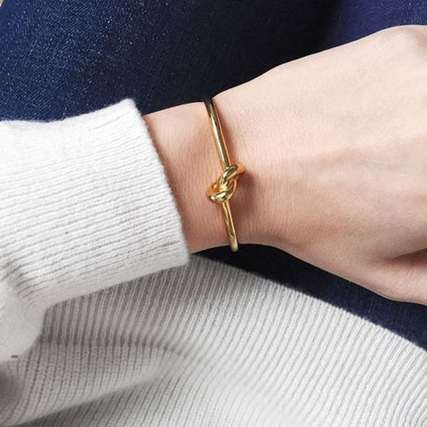 """Metal Knot"" Gold Plating Bracelet"