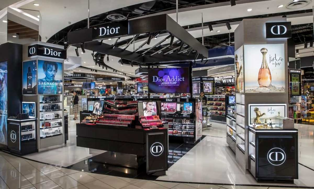 """The Loop Duty Free hailed the Dior space as a """"modern shopping experience"""""""