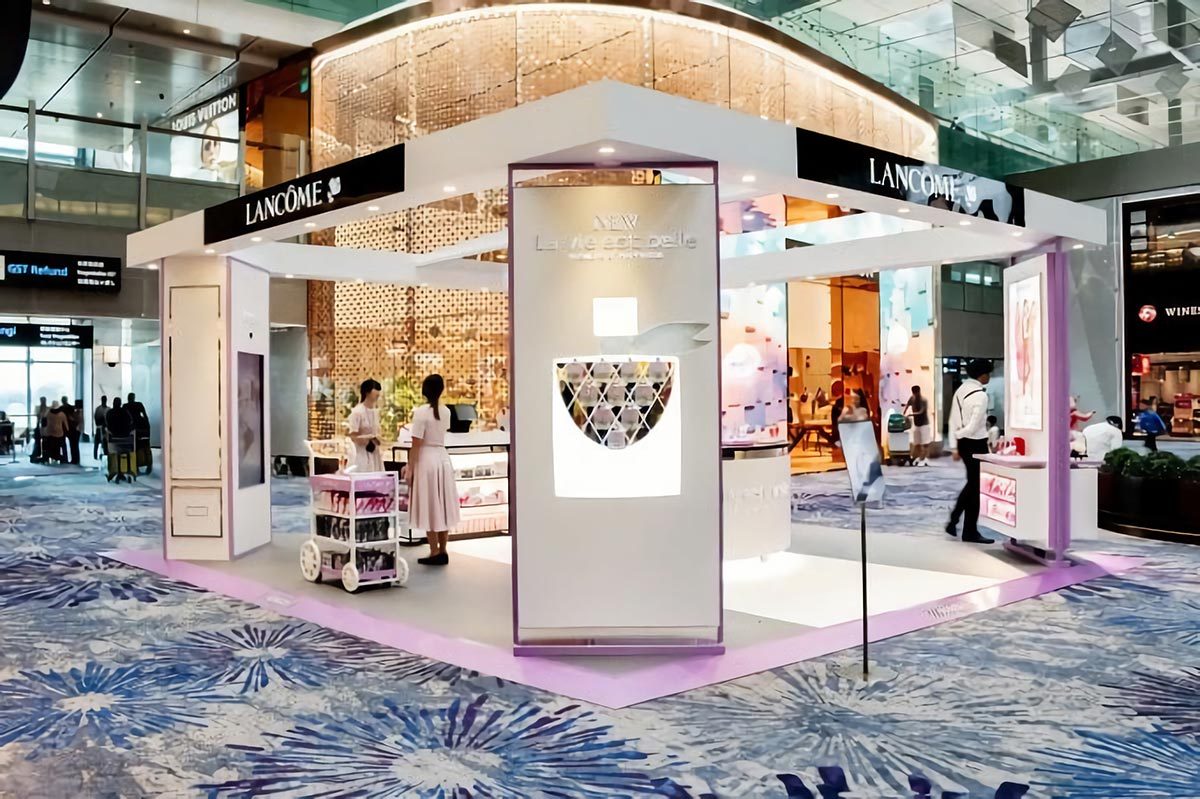 Lancôme La Vie Est Belle Pop-up Store at Singapore Changi Airport