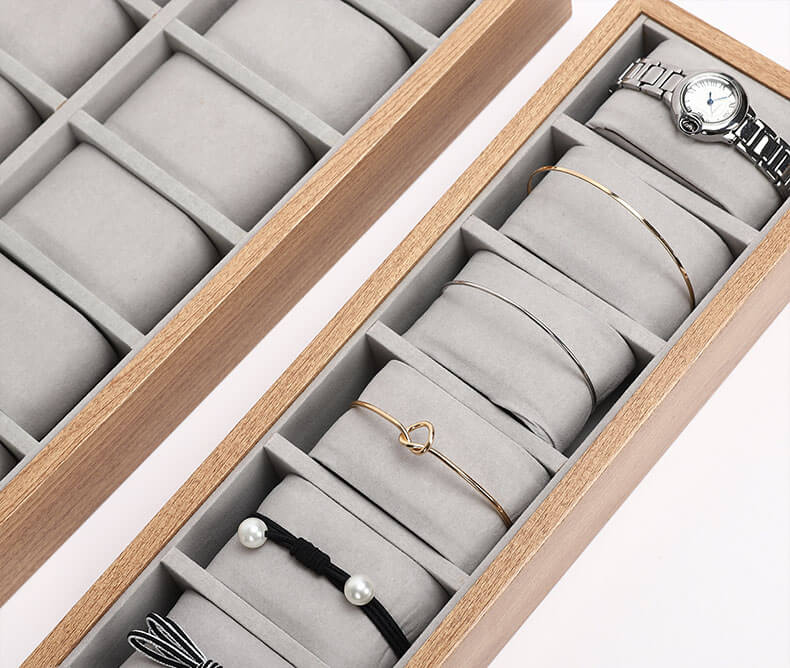 Watch display tray, bracelet storage tray