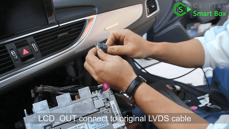7.LCD_OUT connect to original LVDS cable.