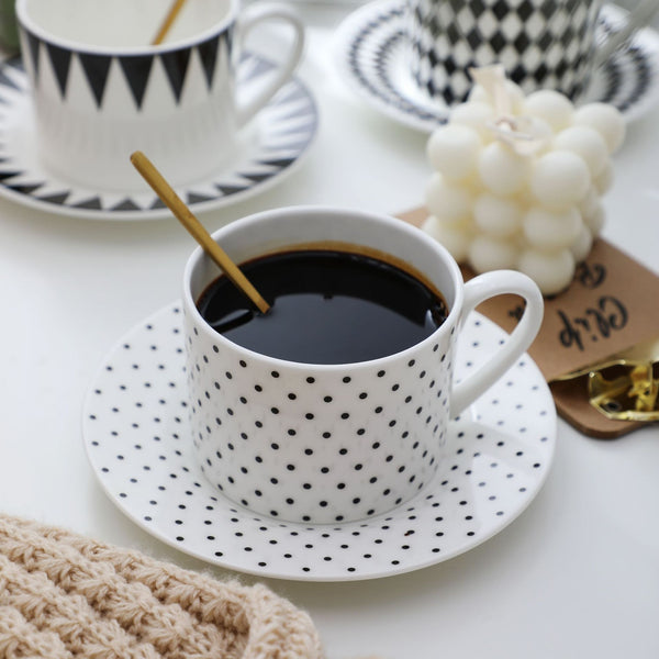 little dots fancy cup and saucer set - HIMODA