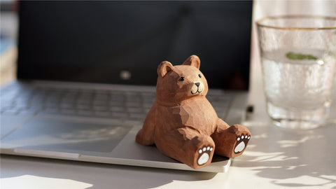 Handmade Carved Brown Bear Pen Stand Cell