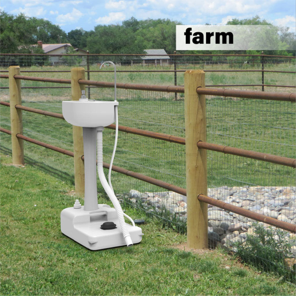 portable sink for farm