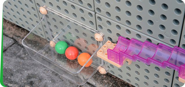 Children can set it as a terminal for ball track games or other use