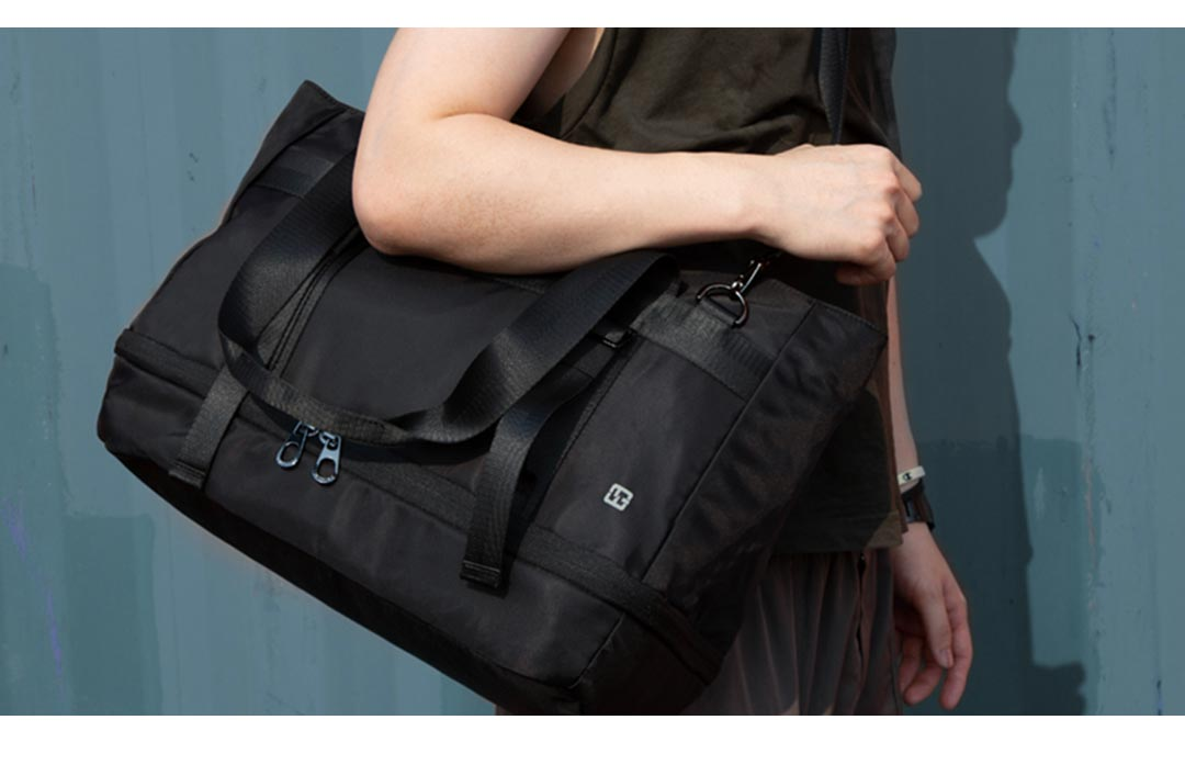 Kingsons Black Yoga Bag display effect