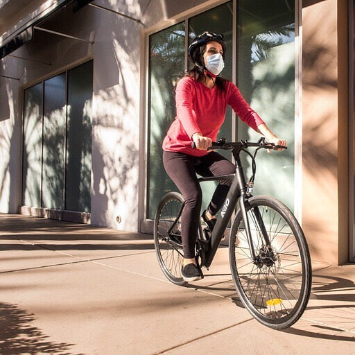 people need to wear a mask while cycling amid covid-19