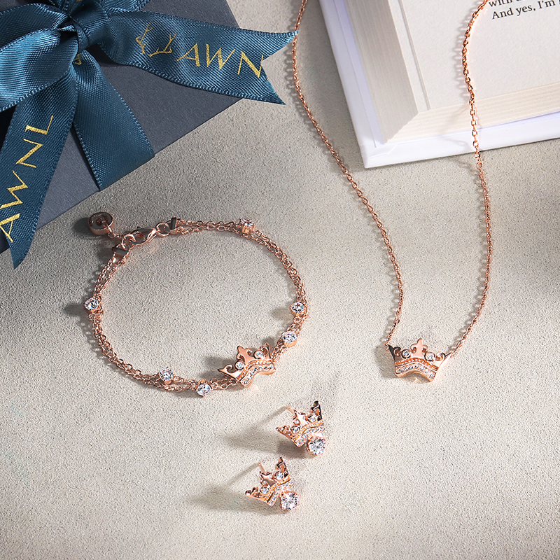 Crown Jewelry Collection | AWNL