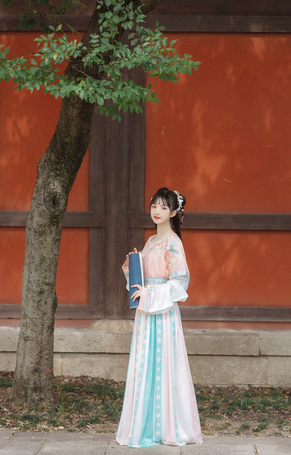 Handmade Embroidery Floral Women Hanfu Dress Cosplay Costume Vintage Stage Show Clothes 3 Pieces Set - WANER