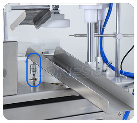 Details of Small Filling Capping Machine
