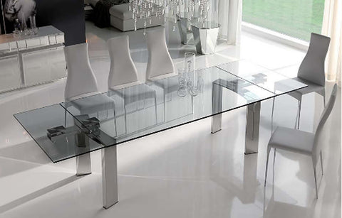 glass/acrylic furniture makes the room bigger