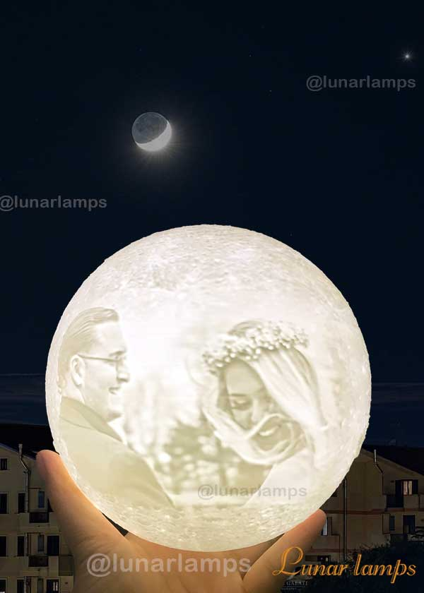 photo Moon Lamp for  lovers