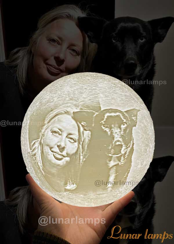 photo Moon Lamp for pet lovers