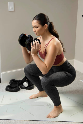 weighted squats with dumbbell